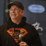 @garthbrooks is ready to perform and find his way around Buffalo and Western New York. http://t.co/XLuXbovwKs http://t.co/iwA2ml9YY5