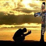 """Padre, perdónalos, porque no saben lo que hacen."" Lucas 23:34 #Gala9GHVIP http://t.co/ghXYy6K0uq"