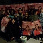 Uno de los grupo pegando carteles en Pinos Puente http://t.co/lNVM6bTxNO