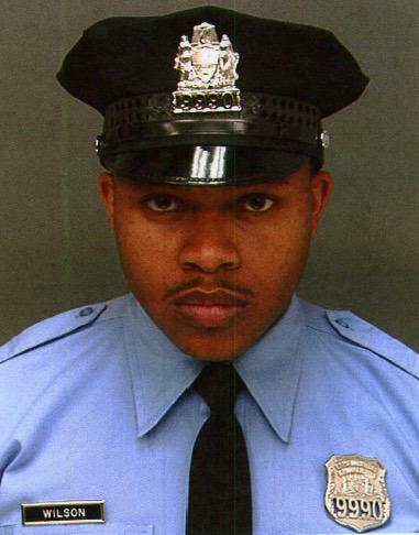 PPD mourns the lost of P/O Robert Wilson III. Please keep his family in your prayers http://t.co/Do5ZDwyFDR