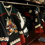 Reminder: Do not adjust your television sets, the @ArizonaCoyotes are actually wearing these tonight... http://t.co/P4CQ57Tra3