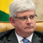 O Brasil que saber, Janot: foi só pela meiguice do rapaz ou teve algo mais? http://t.co/VDtlf0143K