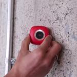 Câmera que adere a qualquer superfície promete acabar com o pau de selfie http://t.co/wded0KwQgj http://t.co/5QKrZ62sas