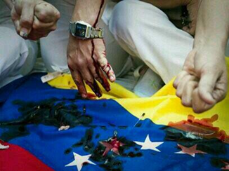 Nunca antes en Venezuela se había visto tantos valientes sin armas y tantos cobardes y asesinos armados. http://t.co/mZasciZ14O