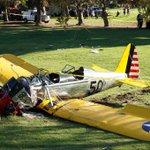 Harrison Ford, fuera de peligro, tras estrellarse con su avioneta http://t.co/HRPRJFzoF5 http://t.co/X4xGkawdZy