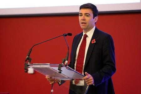 Labour pledges to recruit 1,300 nurses for North-East hospitals http://t.co/J7BD8jcBev #northeast http://t.co/u0jj02av4r