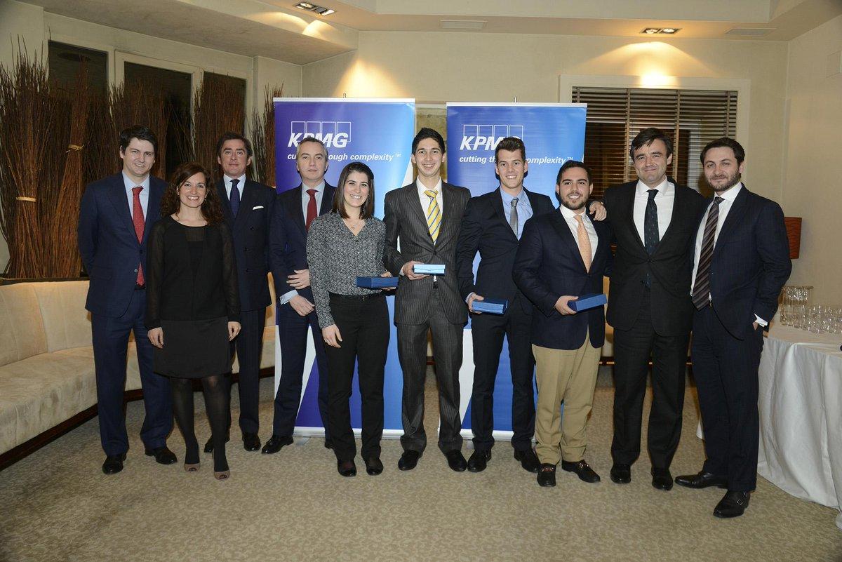 Enhorabuena al equipo de @Unav @EconomUnav Son los ganadores de la final nacional del #KPMGICC Próxima parada: Dubai http://t.co/5zMTbhnG7j