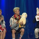 #Ailee and f(x)'s #Amber Confess That They Usually Talk About Guys Together http://t.co/ZxzeA6Mmem http://t.co/1eZJzggYbu