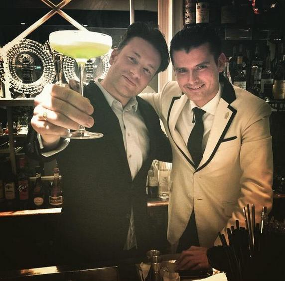That time when @jamieoliver visited the #AmericanBar http://t.co/nU2FiHE1gz http://t.co/ASFlRg6AHp