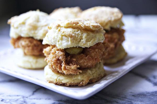 A peek into @BiscuitsandSuch kitchen and their ten favorite recipes! http://t.co/0WF3JkJKOc http://t.co/rT0ddGc6Im