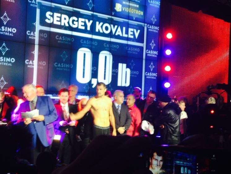 The legend grows. Kovalev flips off the fans booing him at the weigh in. http://t.co/E6LDzxygmR