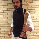 "Congratulations Mr Deshmukh @Riteishd: Zee Gaurav - Best Actor - Lai Bhaari - झी मराठीचे लयभारी आभार http://t.co/4VUFWSxQEe"" #proudbaiko"