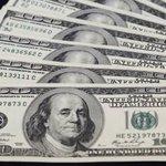Dólar chega a R$ 3,05. http://t.co/qbGQaHObUE http://t.co/sN74Uj0zwo