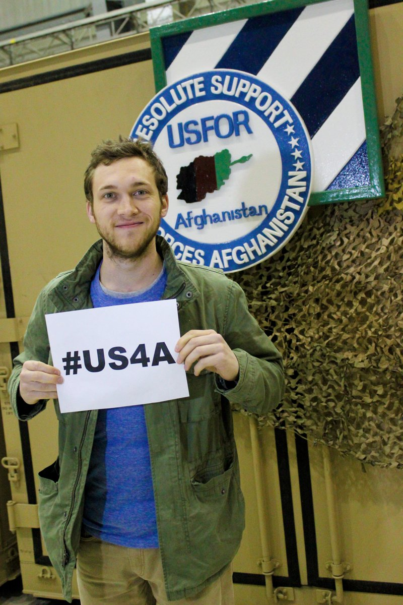 Thank you to @Phillips and the rest of the entertainers from @the_USO Spring Troop Visit that stopped by today. #US4A http://t.co/a6lnsb0srN