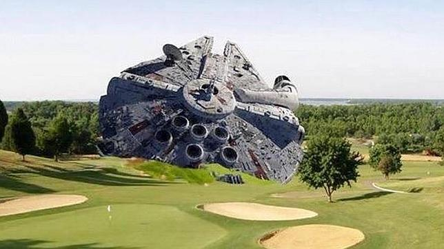 Twitter delivers awesome images re Harrison Ford plane crash http://t.co/HTLcpgZ334 http://t.co/tAnvpIh7OC