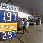 Inflação acumula alta de 7,7% em fevereiro, a maior em quase dez anos http://t.co/MJQJ1cCka9 http://t.co/hg6IDqIyaj