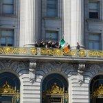 Raised Irish flag & kicked off St. Patrick's Day celebrations in #SF. Beannachtaí na Féile Pádraig! http://t.co/nLr9KnsTRk