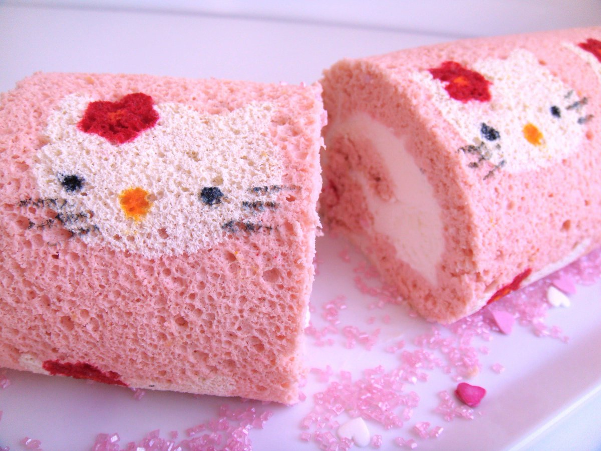 Weee yummy @hellokitty cake rolls =P~ Follow @kittycraze_  for more Kitty goodness! <3 #kittycraze #hellokitty http://t.co/0nIW6D5KzQ