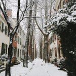 While you were inside yesterday, Instagramers were hard at work. The top 6 #Philly snow grams: http://t.co/fzJWRZa66I http://t.co/joy7YqLlbG