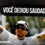 ETERNO MENINO DA VILA O Peixe completa #2AnosSemChorao, um dos torcedores mais ilustres do time da Vila http://t.co/UYhLtjtNtA