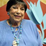 Cantora Inezita Barroso está internada no Sírio-Libanês, em São Paulo http://t.co/wS1yZkmN0V http://t.co/8ncpOfwpWh