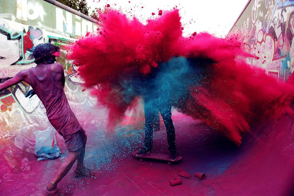 Happy #Holi, everyone! May your life be full of love, fun, & color!! http://t.co/t9WqLte5hK