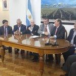 Mza y el BID firmaron acuerdo x 50 millones d U$S p/constr túnel Cacheuta-Potrerillos y parq biotecnológico en Lujan http://t.co/gCIA2jI4Ss