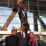 Dominique outchea taking photos with his fans in front of his statue. #TrueLegend http://t.co/uBMzxjhYVy