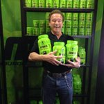 RT @MusclePharm: Look who stopped by today! Pretty epic @Schwarzenegger!  #ASF2015 #ArnoldExpo http://t.co/rE4Mi6CgAN