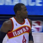 .@ATLHawks rocking the throwback uniforms tonight and they're beautiful. http://t.co/VIXCAAkvdK