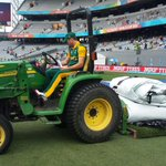 """""""@OfficialCSA: .@ABdeVilliers17 trying out the groundsmans truck. http://t.co/1wgLRK1dxV"""" Mean skipper wants all 2 points. Learn to share."""