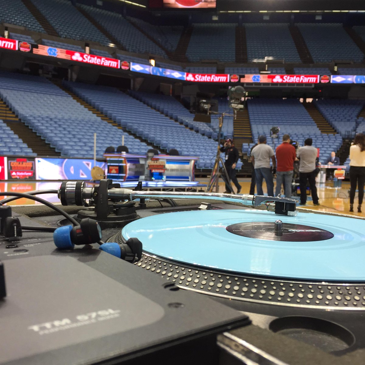 Spinning at ESPN College Gameday today. Thank you @espn and @GoHeels  for this opportunity http://t.co/1F7hp6rvc0