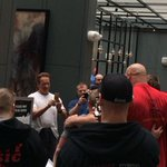 RT @TEAMWORKTHERAPY: Awesome pic of @Schwarzenegger @ArnoldSports taking a pic of @shawstrength! #ASF2015 http://t.co/qZ0NXwMEss