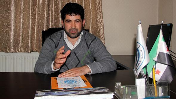 """Suriye Türkmenlerinden """"acil"""" yardım çağrısı  """"Rejim güçleri Türkmen Dağı'na saldırıyor.""""  http://t.co/riG1jBnbSp http://t.co/vhJWD91vJ1"""