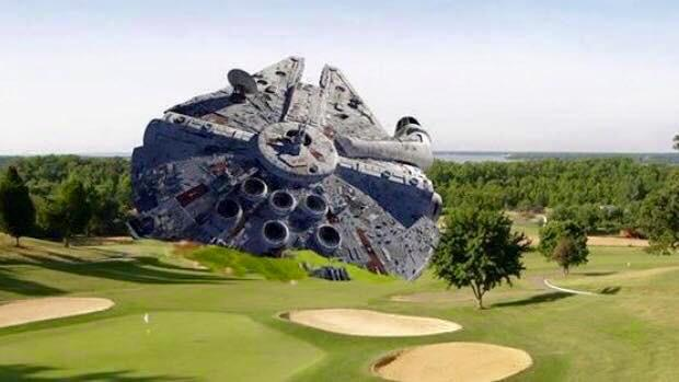I drove by the Harrison Ford crash site and snapped a picture. http://t.co/sIMxaKmrkc