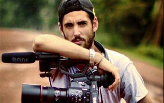 Muere Santi Trancho, cámara de 'Frank de la jungla' y programas de Cuatro y TVE, en accidente http://t.co/vaxCIHoZzR http://t.co/SXJln4fByh