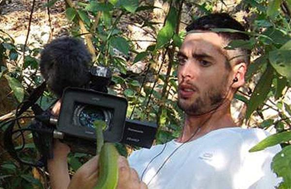 Fallece el cámara Santi Trancho (Frank de la Jungla) en un accidente de moto a los 32 años http://t.co/xRvdP3866j http://t.co/3LJ7xB7wGz