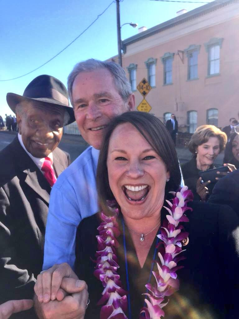 Appreciate President & Mrs Bush being in Selma today. Got a selfie w/ a great photobomb from Rev. Frederick D. Reece http://t.co/aFKjoHFMbW
