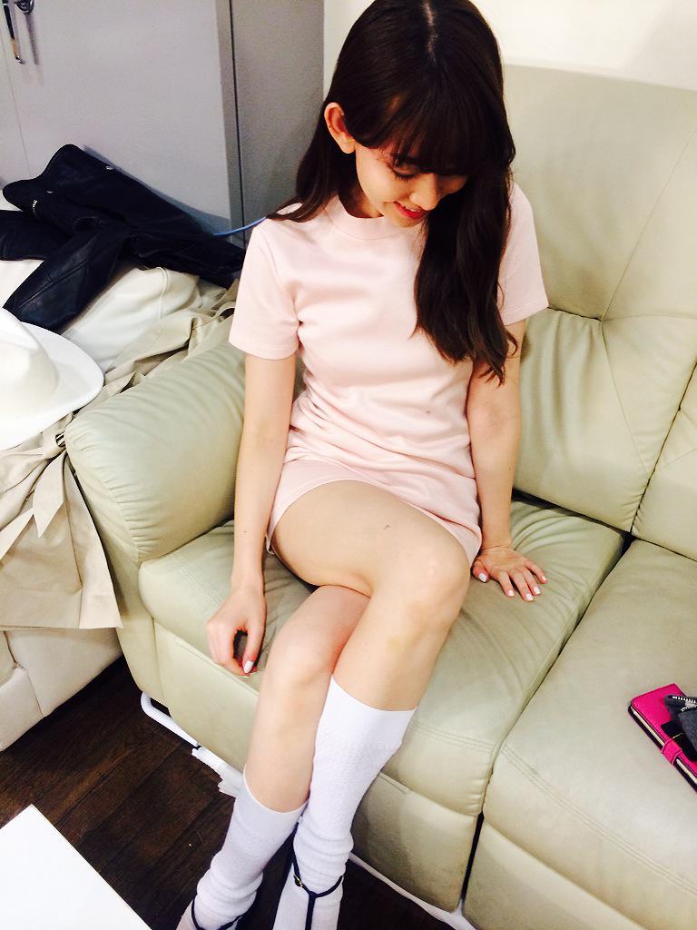 "【AKB48】こじはること小嶋陽菜の""エロナース""姿にファン「出血多量死」の声"