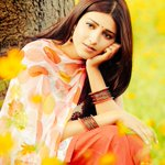 RT @Iamshivachari: Watch our beautiful Angel @shrutihaasan 's  #RamaiyaVastavaiya tonight @ 9 pm, on @zeecinema http://t.co/9ABfuZyL0N