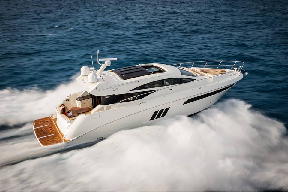 Introducing the extraordinary L590. On display at the Palm Beach International Boat Show March 26-29. #SeaRay http://t.co/YzWKSqNXg6