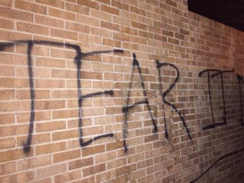 "BREAKING: ""TEAR IT DOWN"" spray painted on #OU #SAE frat house after racist video surfaces #SAEHatesMe http://t.co/3htcAU7W1Q"
