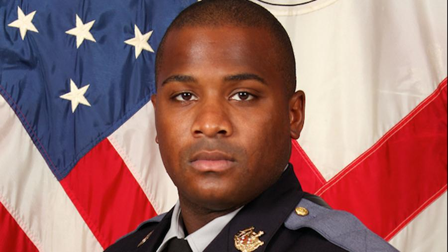 Maryland Police Officer Killed in Cruiser Crash http://t.co/bmKFk7HxMc http://t.co/Ima8ILAshX