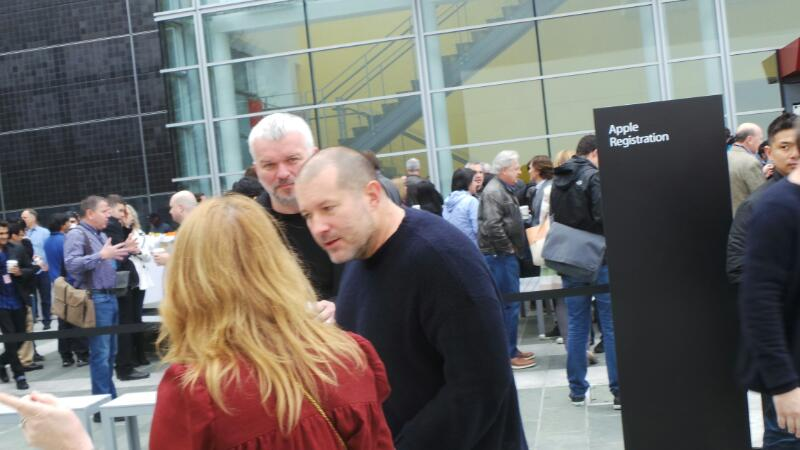 Jony Ive outside the Apple event in SF http://t.co/EAJiL2IKh8