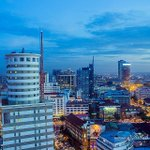 Colourful dusk in Nairobi. ~@Tintseh_ http://t.co/GcxlRIbTHD