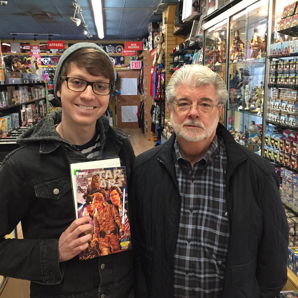 George Lucas stopped by Midtown Comics today! #StarWars http://t.co/zSBVD1Mf7Z