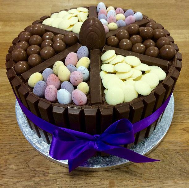 Sorry if you've given chocolate up for lent but this @HLCupcake #Easter cake can't not be shared sorry/not sorry http://t.co/njPNqRXkZf