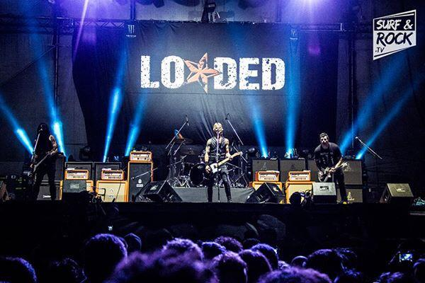 Thank you Buenos Aires. Can't wait to see you all again! @DuffMcKagan @insertfartnoise @loadedlamf #lamf http://t.co/ovh9wodpkx