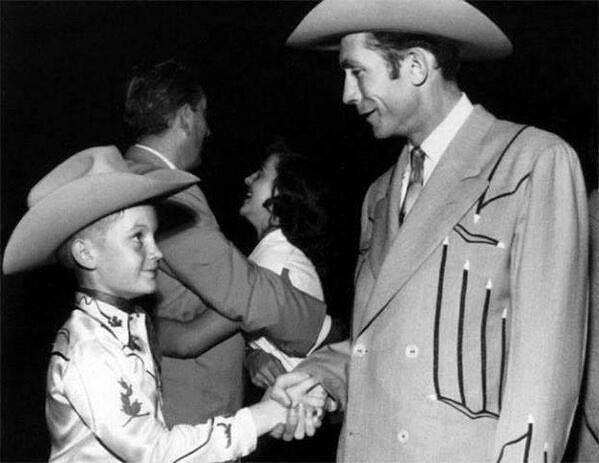 Doug Sahm and Hank Williams 12/19, 1952 at the Skyline Club in Austin, TX It was Hank Williams's very last show. . . http://t.co/zWP3fhx06H