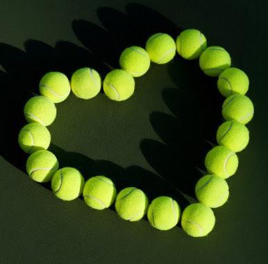 Hoy es el Día Mundial del Tennis! Felicidades a todas las personas que aman este increíble deporte http://t.co/6LWTtgntfk